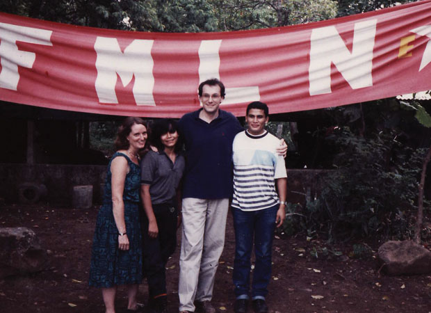 Meeting with FMLN guerrilla leaders in Quezapa, El Salvador to discuss peace negotiations in 1991
